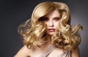 Những nguyên nhân khó tin khiến tóc bạn rụng đi trông thấy
