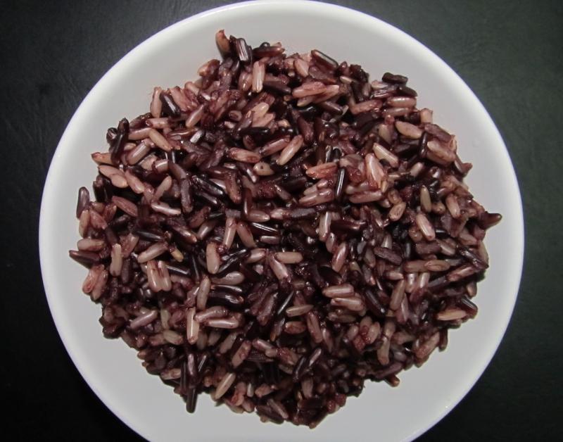 thực phẩm đen tôn vóc dáng, làm đẹp da