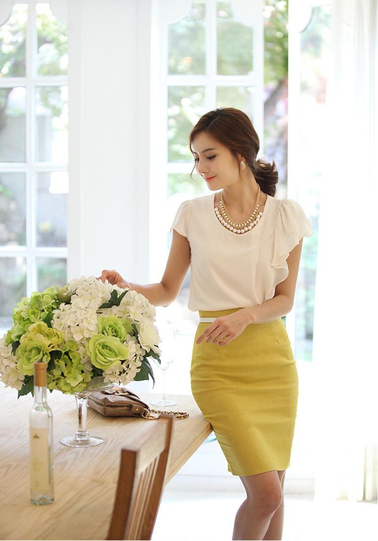 Chân váy bút chì - Thời trang không thể thiếu của các nàng công sở 4