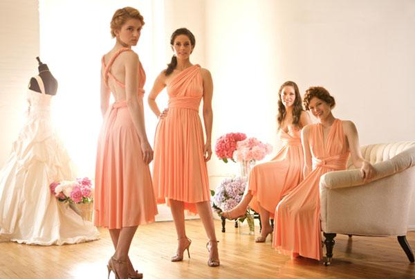 Mẹo hay giúp bạn chọn váy phù dâu đẹp và quyến rũ hơn 4