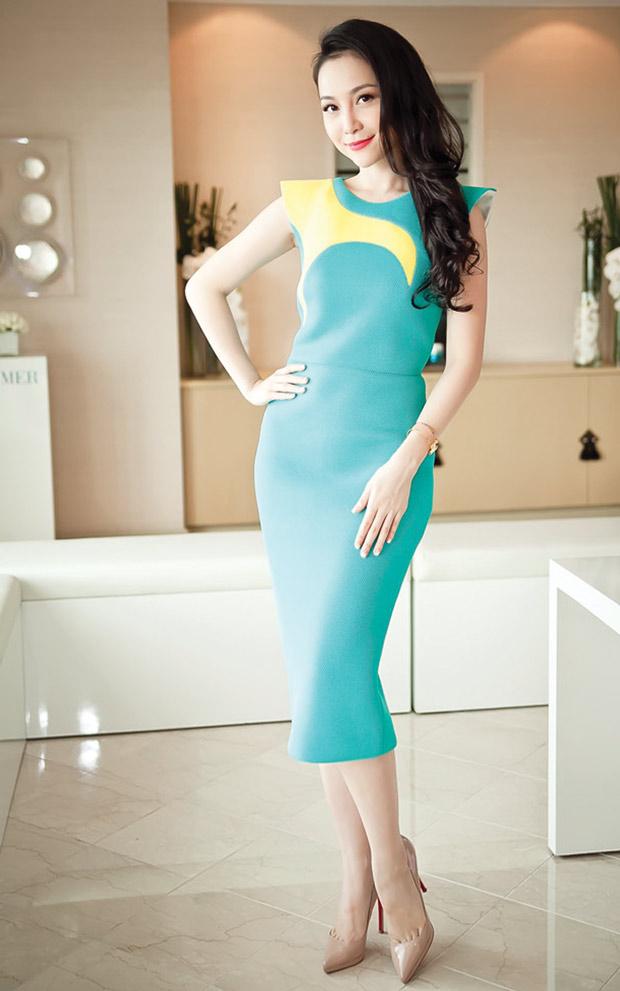 Váy liền thời trang giúp nàng công sở duyên dáng hơn 2