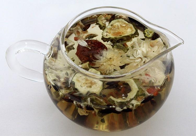 Áp dụng công thức uống trà để giảm cân sau sinh hiệu quả hơn 4