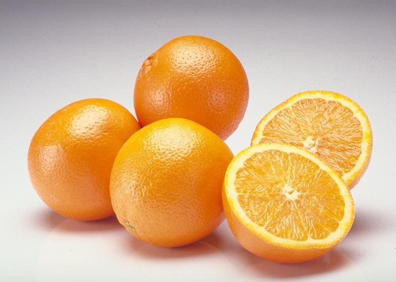 Bạn đã biết sử dụng vỏ cam tươi để trị mụn trứng cá chưa 4
