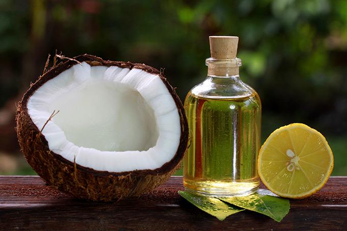 Dầu dừa có rất nhiều công dụng làm đẹp