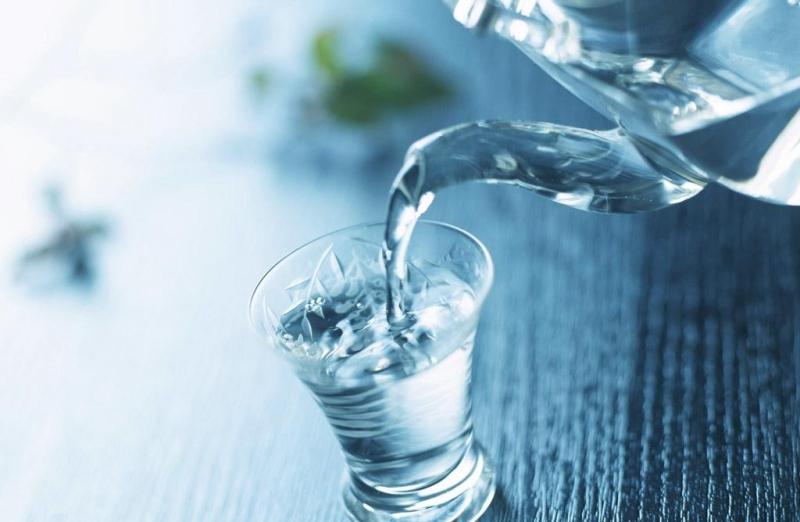 Nước còn thanh lọc cơ thể.