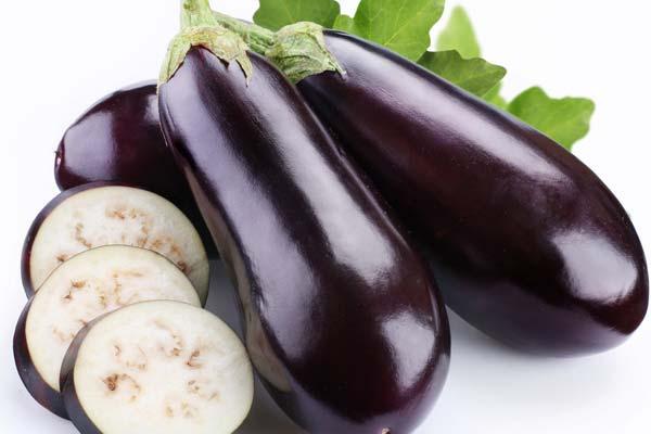 Tư vấn 4 loại rau giúp chị em bổ sung vào thực đơn ăn kiêng