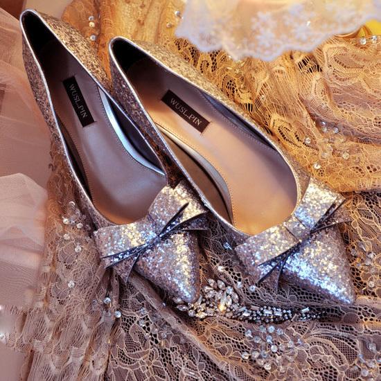 Cách phối đồ phù hợp cho những cô nàng yêu giày ánh kim 2