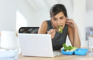 Chị em công sở nên ăn như thế nào để giảm mỡ bụng nhanh chóng 0