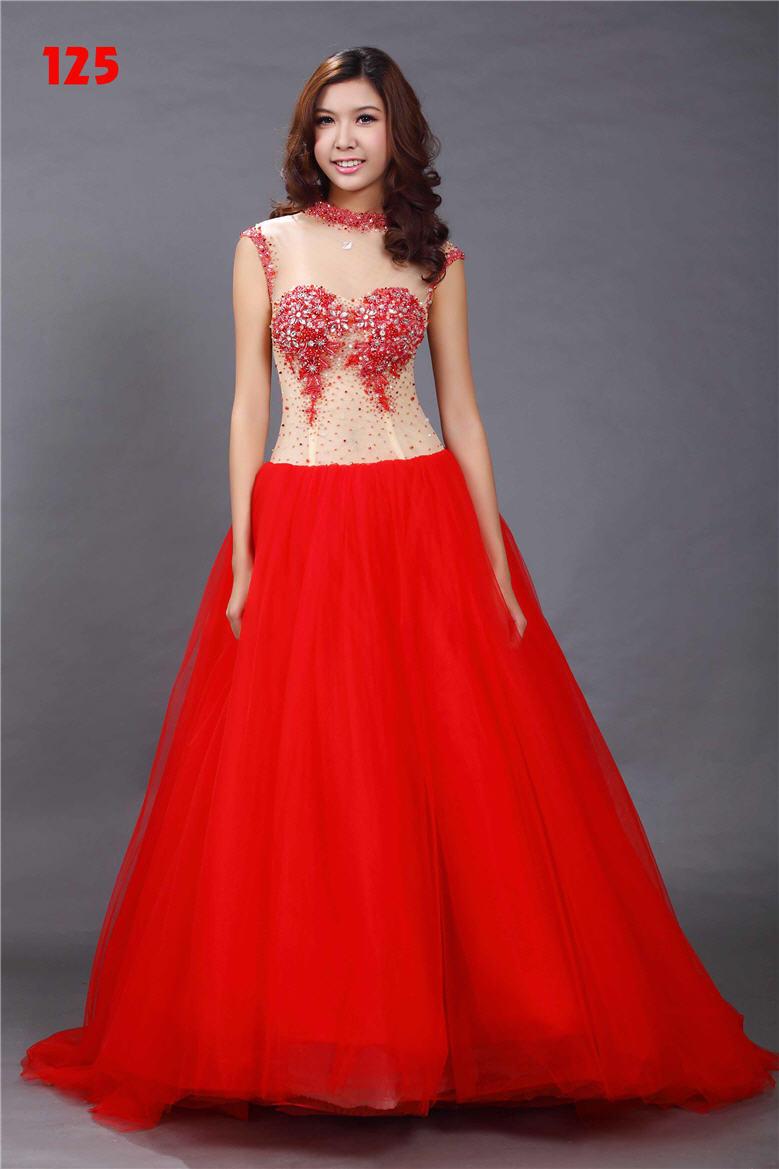 Giúp cô dâu rạng rỡ, hạnh phúc hơn trong ngày cưới nhờ những chiếc váy đỏ 3