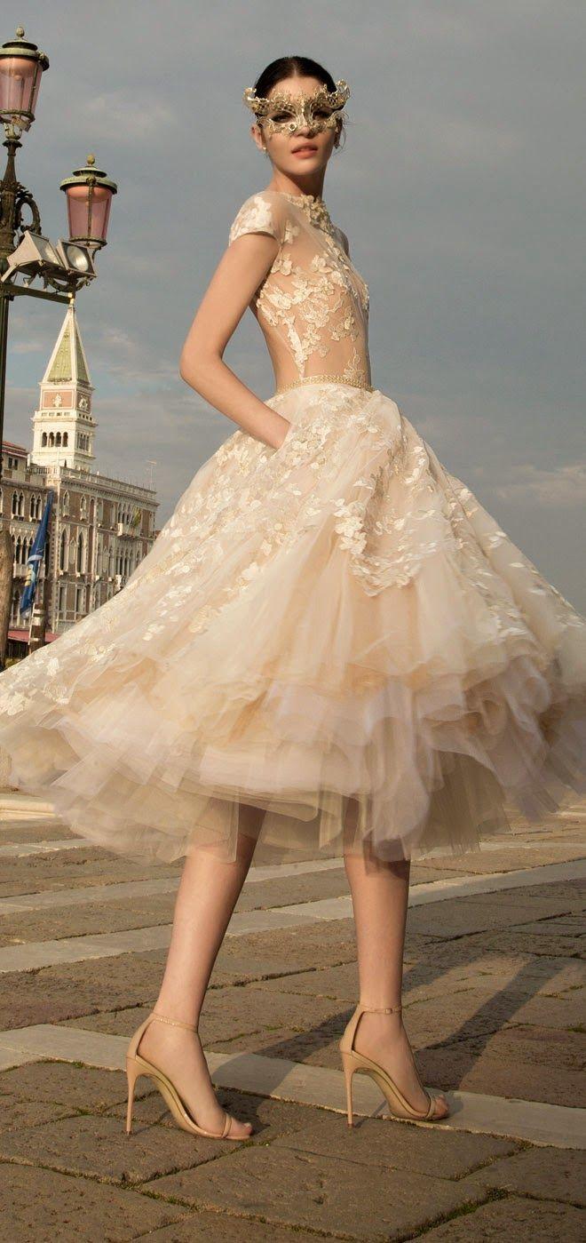 Những mẫu váy cưới ngắn giúp cô dâu xinh đẹp và năng động hơn trong ngày hè 6
