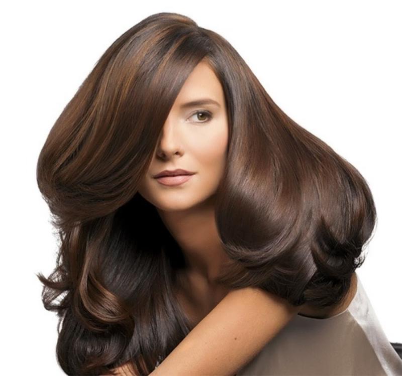 Các dụng cụ làm tóc nên được rửa sạch thường xuyên.