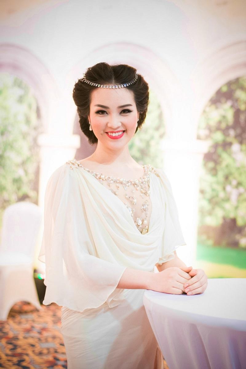 Ngắm nhìn những Á hậu xinh không kém Hoa hậu của Việt Nam 7