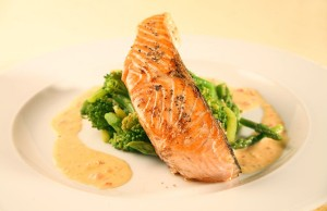 Ăn cá giúp bạn cải thiện và nâng cao trí nhớ