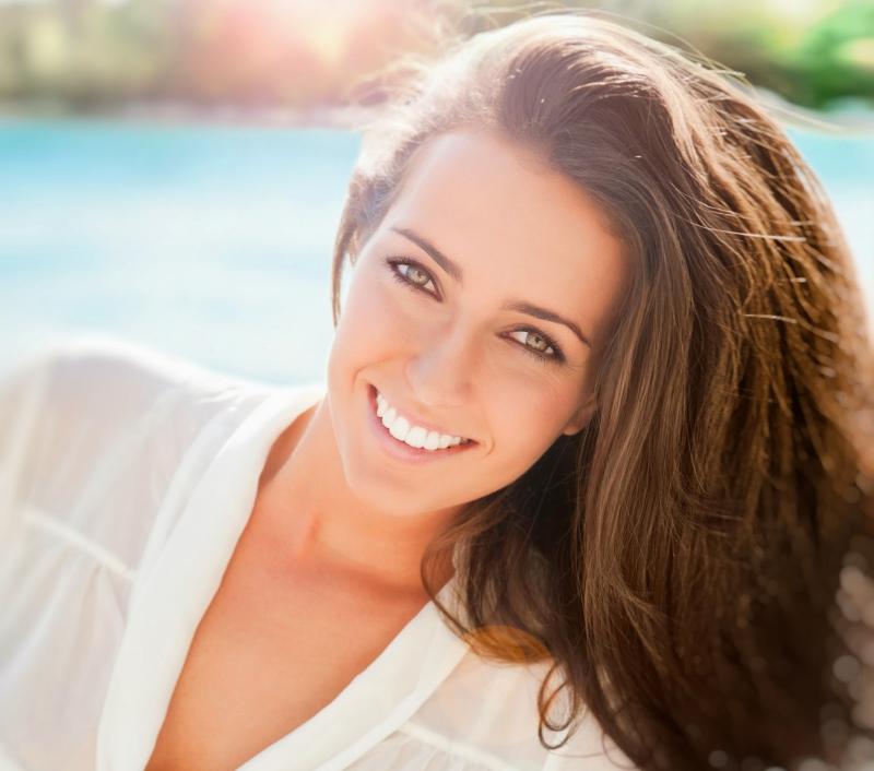Bổ sung vitamin D cho tóc là rất cần thiết.