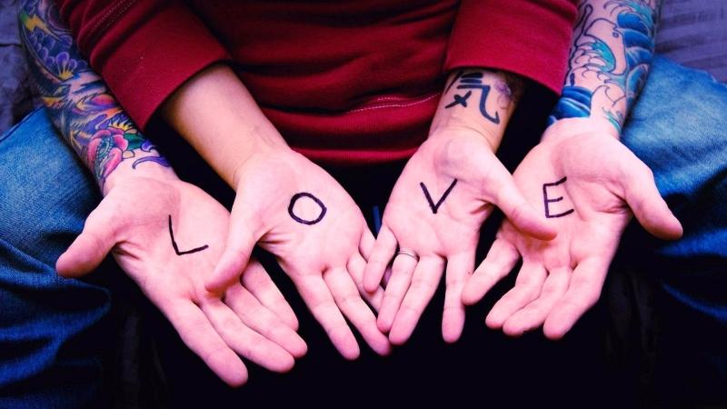 Sự ghen tuông quá đà dễ giết chết tình yêu.