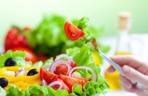 5-thuc-don-salad-cho-bua-toi-giam-can-hoan-hao-1