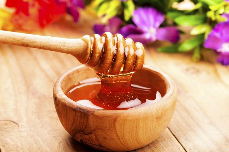 Mật ong chứa nhiều dưỡng chất quý giá giúp bạn giảm cân nhanh chóng