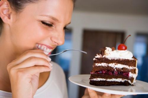 Top những thực phẩm gây hại cho sức khỏe nếu ăn khuya