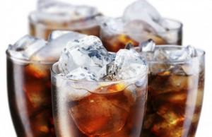 Cảnh báo về 4 loại nước không nên uống giải nhiệt ngày hè