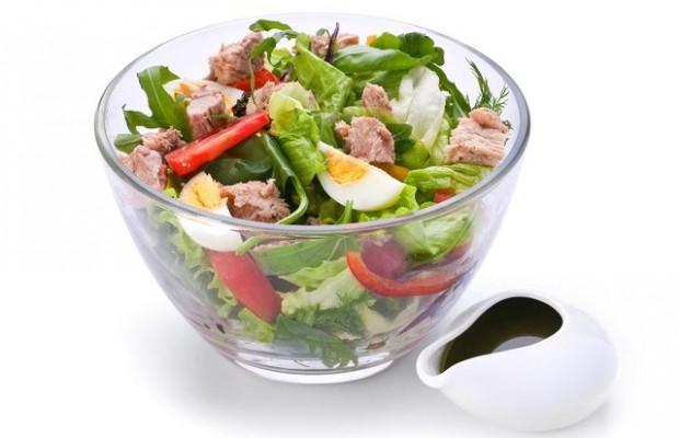 Làm phong phú thực đơn ăn kiêng với món salad cá ngừ
