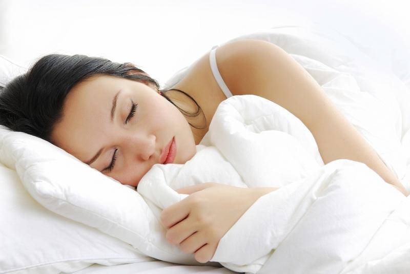 Chế độ nghỉ ngơi hợp lý giúp giảm stress, giảm cân nhanh chóng