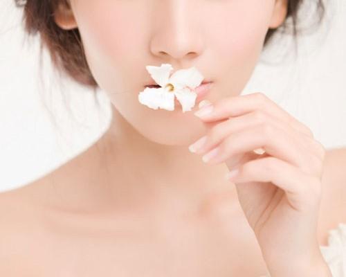 Cách giữ dáng và đẹp da từ sữa dành cho bạn gái
