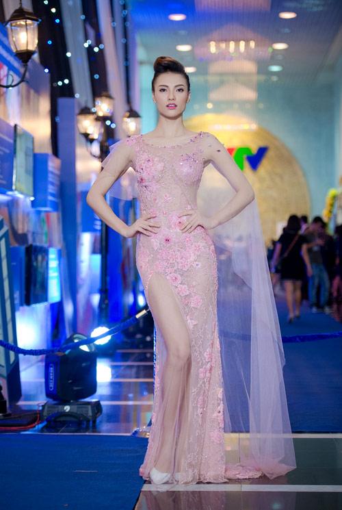 Thời trang cực chất của mỹ nhân Việt được nhiều người yêu thích8