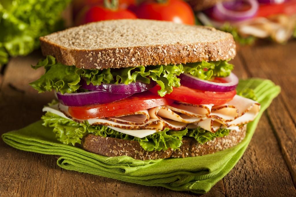 Những nhóm thực phẩm gây béo bụng không nên sử dụng trong giờ làm việc2