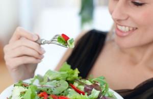 Tư vấn thời gian ăn uống hợp lý tránh tình trạng bị tăng cân nhanh