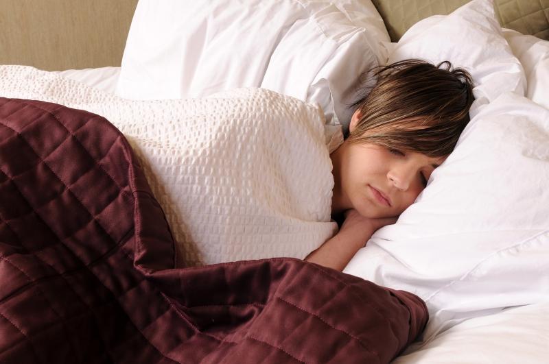 Ngủ đúng cách sẽ giúp tinh thần bạn tốt hơn.