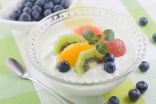 Đưa sữa chua vào thực đơn ngày Tết giúp giảm cân an toàn7