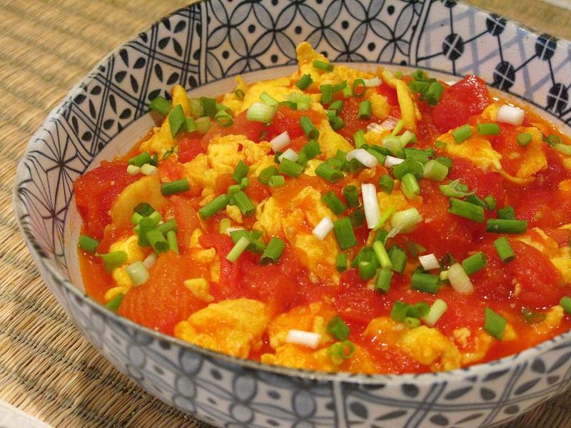 Canh cà chua nấu trứng