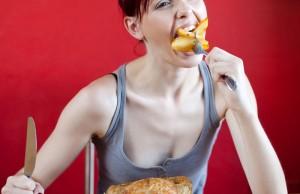 Những thói quen xấu làm ảnh hưởng tiêu cực đến cân nặng và sức khỏe