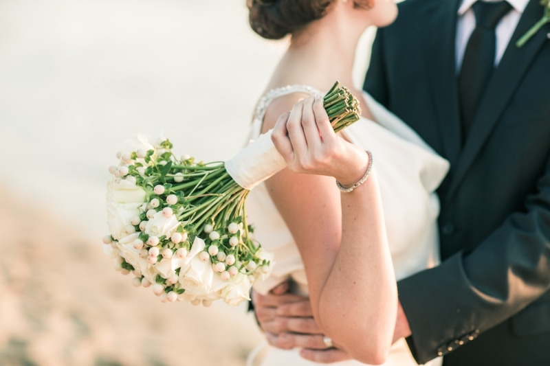 Nhiều người kết hôn lâu năm dần bỏ qua yếu tố lãng mạn.