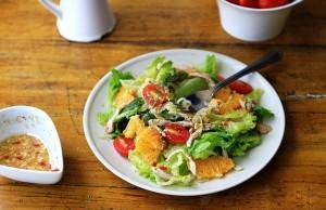 Tư vấn 3 món salad đơn giản giúp chị em ngon miệng phù hợp cho quá trình ăn kiêng
