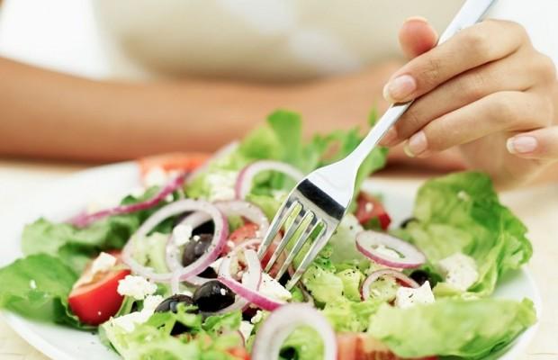 Ăn gì để giảm nhanh không sợ tăng cân trong dịp lễ 30-4