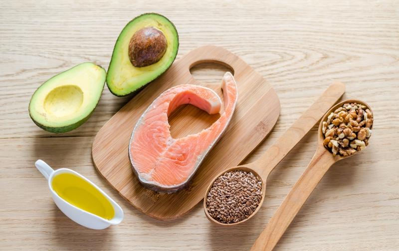 Bổ sung đầy đủ protein cho cơ thể.